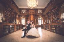 Festetics Kastély esküvő - fotó a könyvtárban
