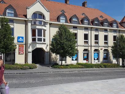 K&H Bank fiók Keszthely, Fő tér 6-8.