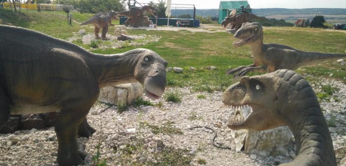Rezi Dínópark dinoszauruszok